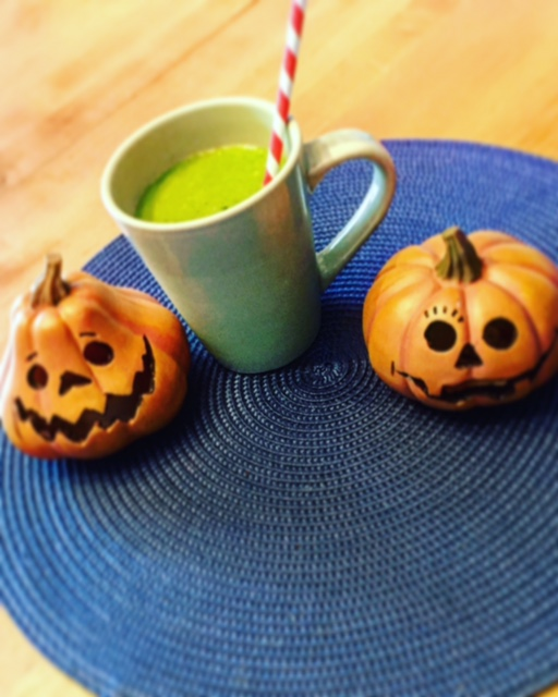 Spooky Good Green Smoothie for Halloween